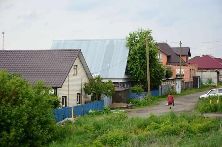 Жители России массово продают дачи