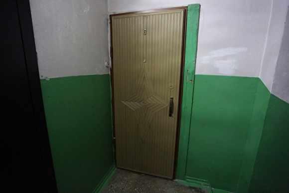 В Петербурге нашли квартиру, где жили дети-маугли