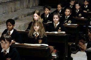 Роулинг опубликует четыре новые книги о вселенной Гарри Поттера