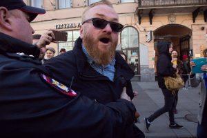 Милонов заявил о закрытии фем-кафе «Симона»