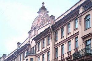 Суд оштрафовал коммунальщиков за разрушение дома Рожкова