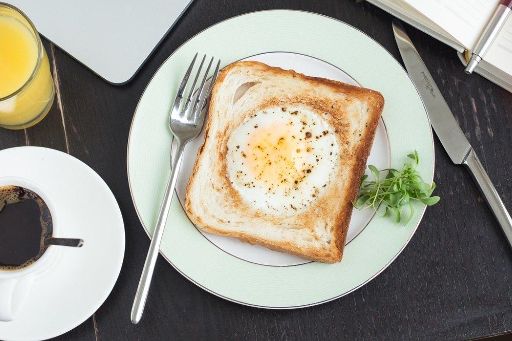 Названы три самых полезных завтрака