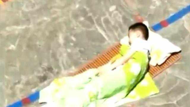 Детсадовцев в наказание заставили спать под палящим солнцем
