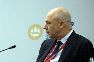 На ПМЭФ Антон Силуанов встретился с российскими дизайнерами и вспомнил об Иваново