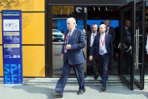 Полтавченко об отсутствии посла США на ПМЭФ: «Бизнес приезжает — ему интересно с нами сотрудничать»