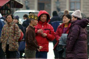 Депутаты требуют допускать до работы с туристами только российских аттестованных гидов-переводчиков