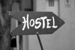 Жильцов дома на Выборгской расселят в манёвренный фонд и в хостелы