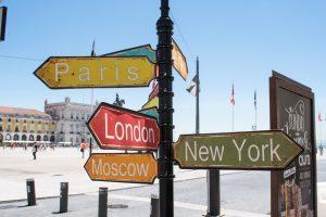 Петербург признали лучшим городом для путешествий с друзьями