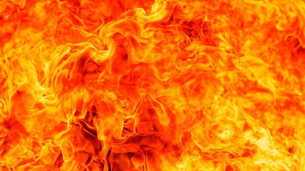Житель Уфы заживо сжег двоих знакомых в своей квартире