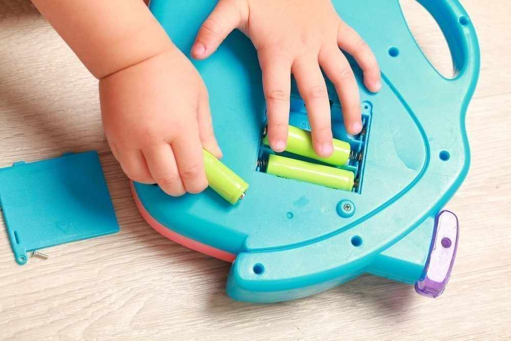 Ребенок съел батарейку и сжег себе все внутренности в Кузбассе