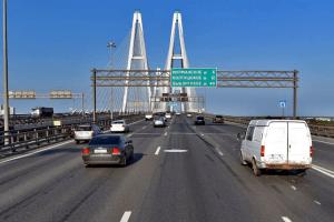 На мосту КАД на месяц перекроют две полосы