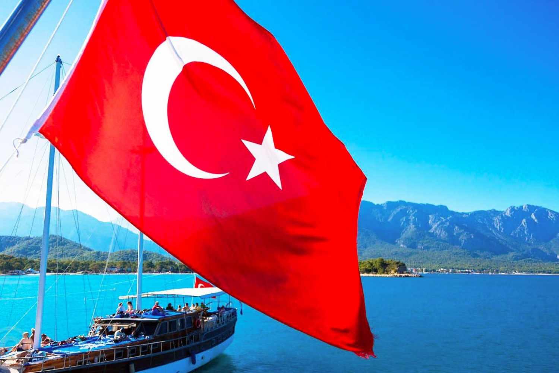 Десятки россиян умерли на популярном курорте в Турции