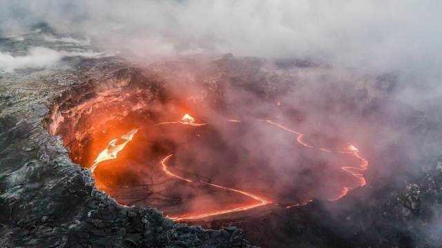 Грозит катастрофой: геологи предрекли мощнейшее извержение вулкана