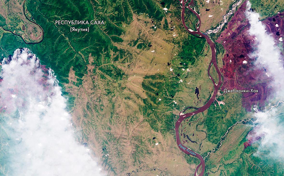 «Роскосмос» показал фотографию пожаров в Сибири с орбиты