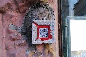 На месте безголовой русалки в Петербурге появился арт-объект
