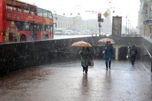 Петербург затопило ливнем