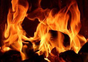 На КАДе сгорел грузовик