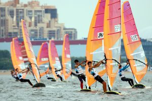 Ветер пойман: в Петербурге прошёл чемпионат мира по виндсерфингу