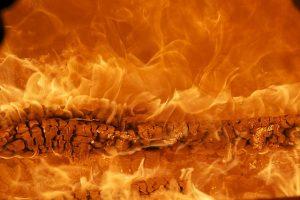 В Красногвардейском районе сожгли детскую площадку
