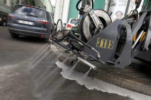 За лето с улиц Петербурга вывезли 30 тыс. тонн мусора