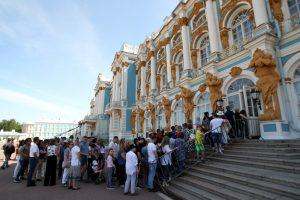 Минкульт планирует ограничить потоки туристов в Царское Село