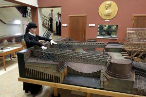 «Двести лет пролетели незаметно»: в Петербурге открывается музей мостов