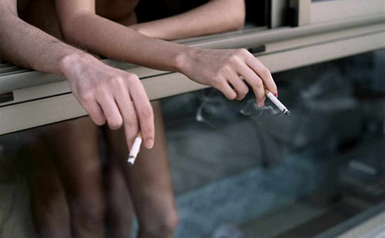 Россиянам запретили жарить шашлыки и курить на балконах