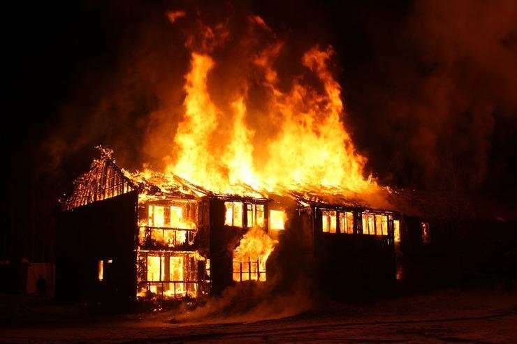 Четыре ребёнка погибли при пожаре в Ростове