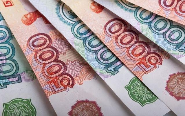 Госдума начала замораживать пенсии россиян ещенагод
