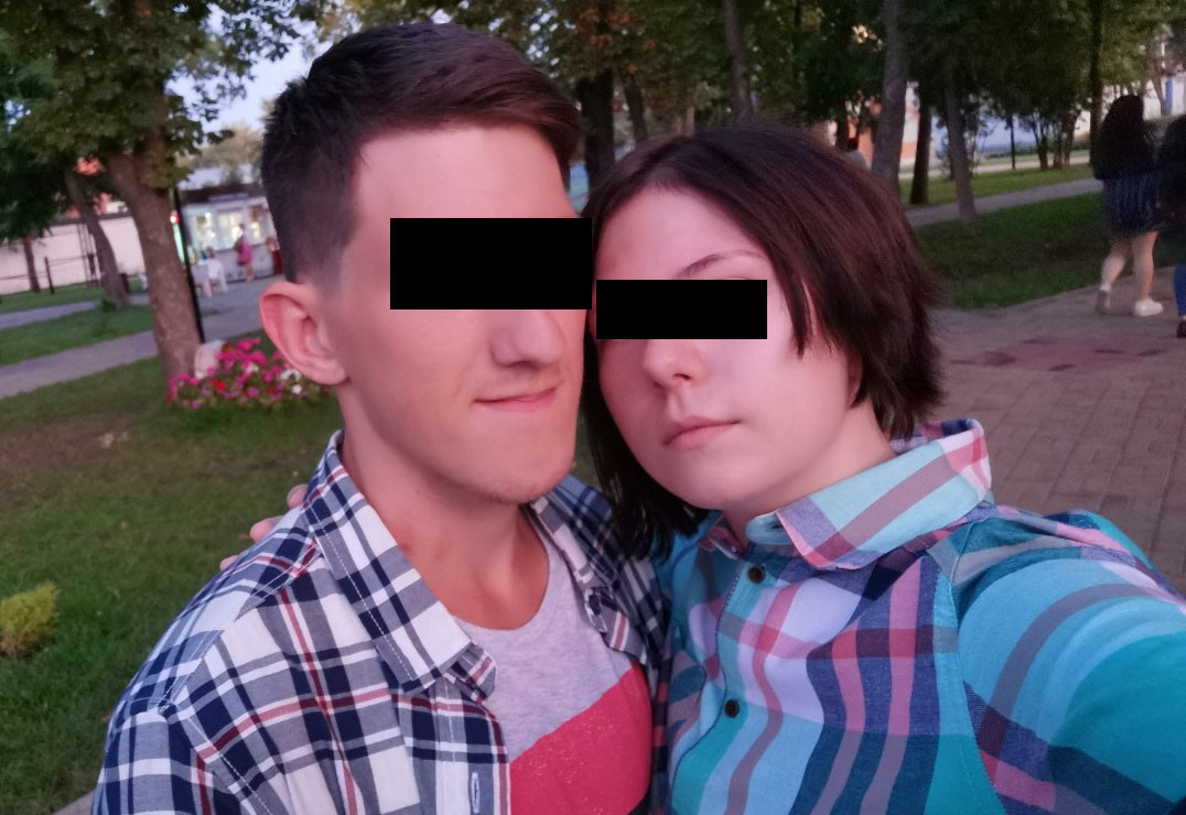 Школьница заказала своему парню убийство отца и мачехи