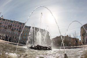 В Петербурге отключат последние фонтаны