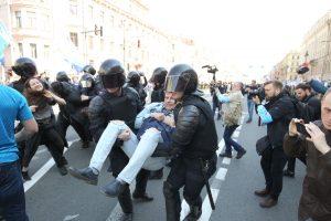 СМИ: МВД потребовало от оппозиционеров 18 млн рублей за работу на двух акциях в Москве