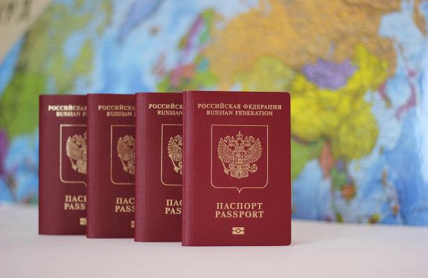 Россияне могут остаться беззагранпаспортов