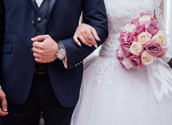 Россиянин задушил жену через десять дней после свадьбы