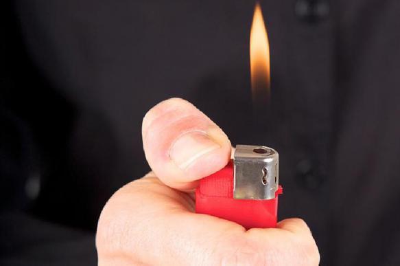Как проверить качество алкоголя при помощи зажигалки: простой способ