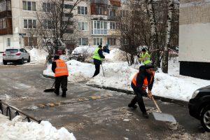 В четверг жителей Ленобласти ждут сильный ветер и снег