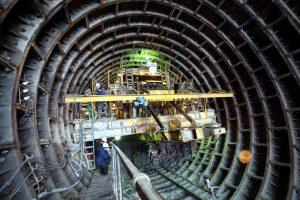 В петербургском метро рассказали правду про «секретные бункеры»