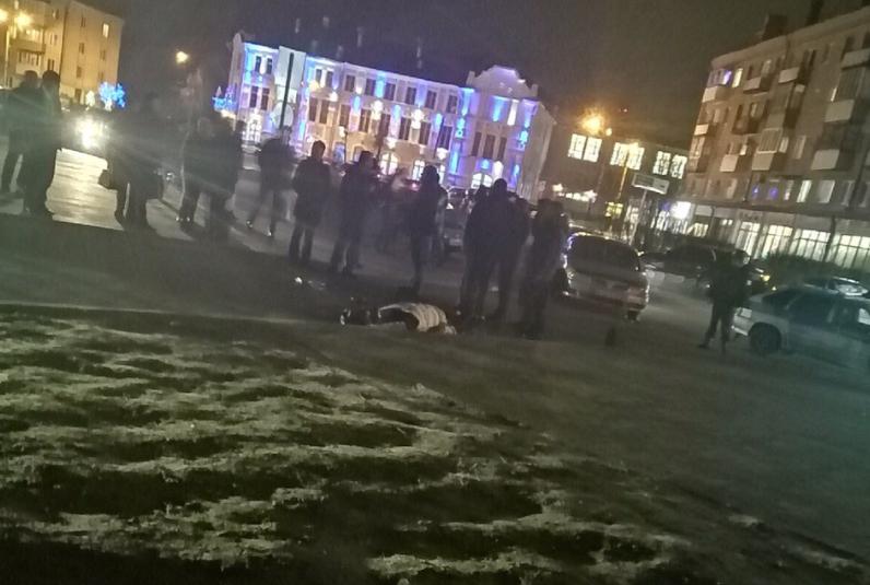 В Клинцах мужчина застрелил жену, которая вела ребёнка из школы