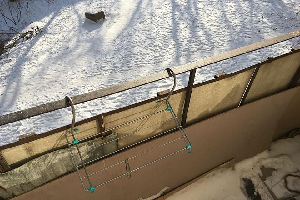 В Хабаровском крае оставленный на балконе ребенок замерз насмерть