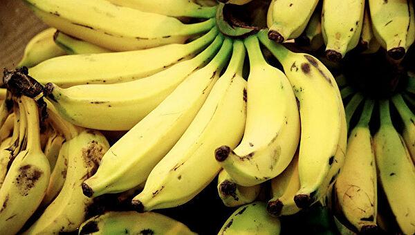 Изкупленного женщиной банана вырвались сотни пауков