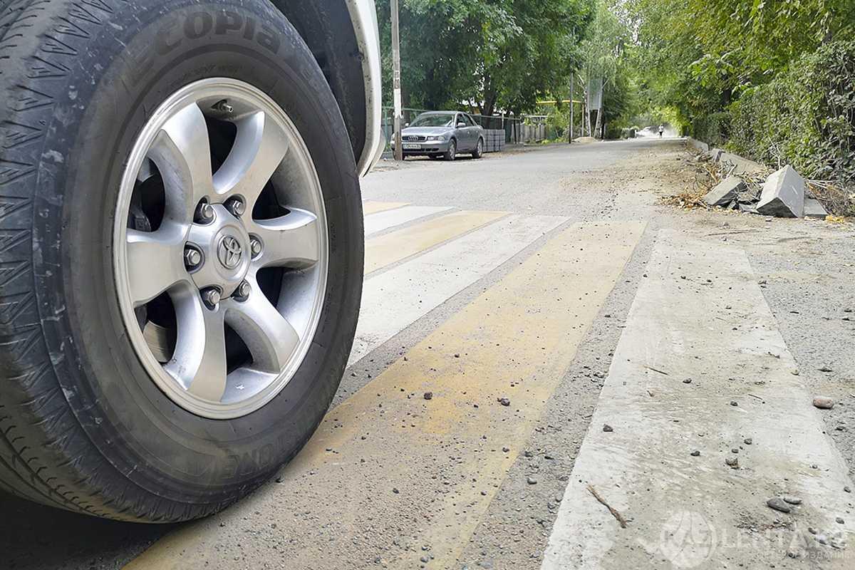 Школьницу, пропавшую в праздники, нашли в машине 35-летнего мужчины