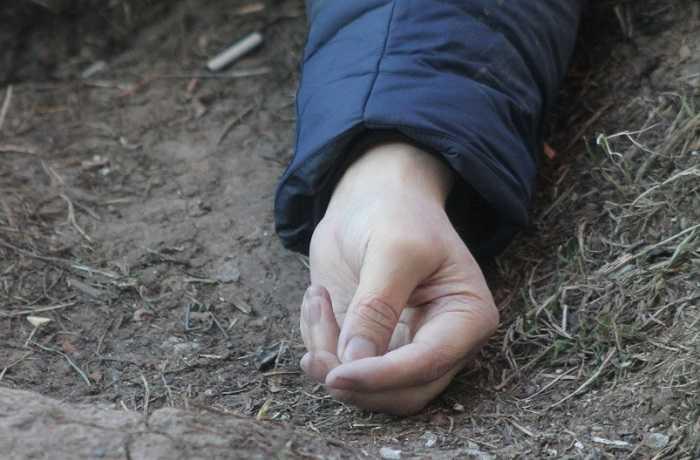 В Ленобласти мужчина нашел на своем участке труп