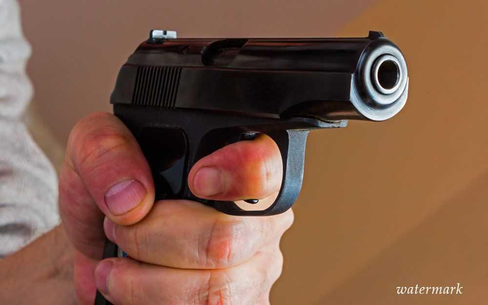 Отчаявшийся омич застрелил пьяного сына