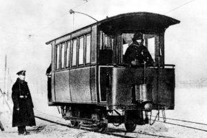 Рельсы на Неве: петербуржцам напомнили о 125-летии ледового трамвая