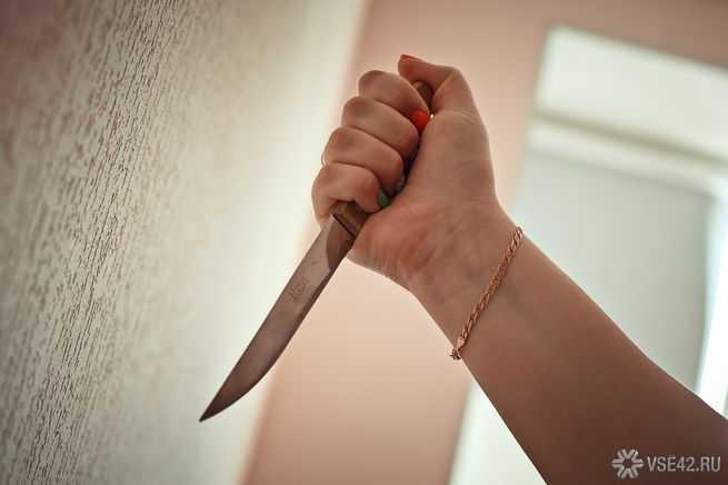В Архангельской области жена убила мужа, раскритиковавшего ее еду