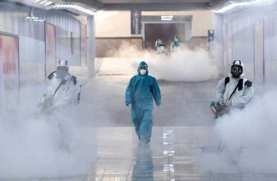 В разных странах умирают эксперты по коронавирусам
