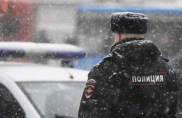 Трое полицейских покончили ссобой водин день