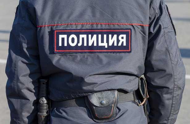 К пенсионеру пришли с автоматами из-за надбавки в 1500 рублей