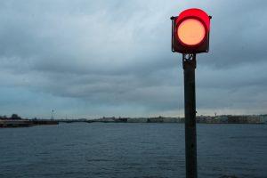 Синоптик: В Петербурге в понедельник может произойти нагонное наводнение