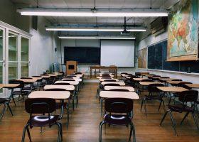 Госдума приняла закон о бесплатном горячем питании в школах